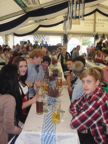 hpfixgal_oktoberfest_2012_cimg6208_08_10_2012_09_49_32